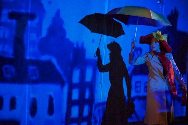 reverie-flor-avila-photo-flor-cano-blue.jpg
